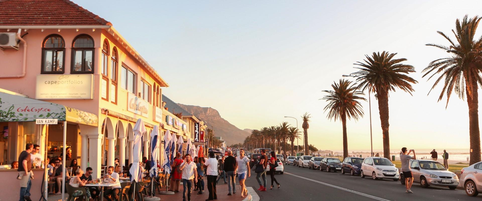Café Caprice - Top 5 Beach Bars in Cape Town