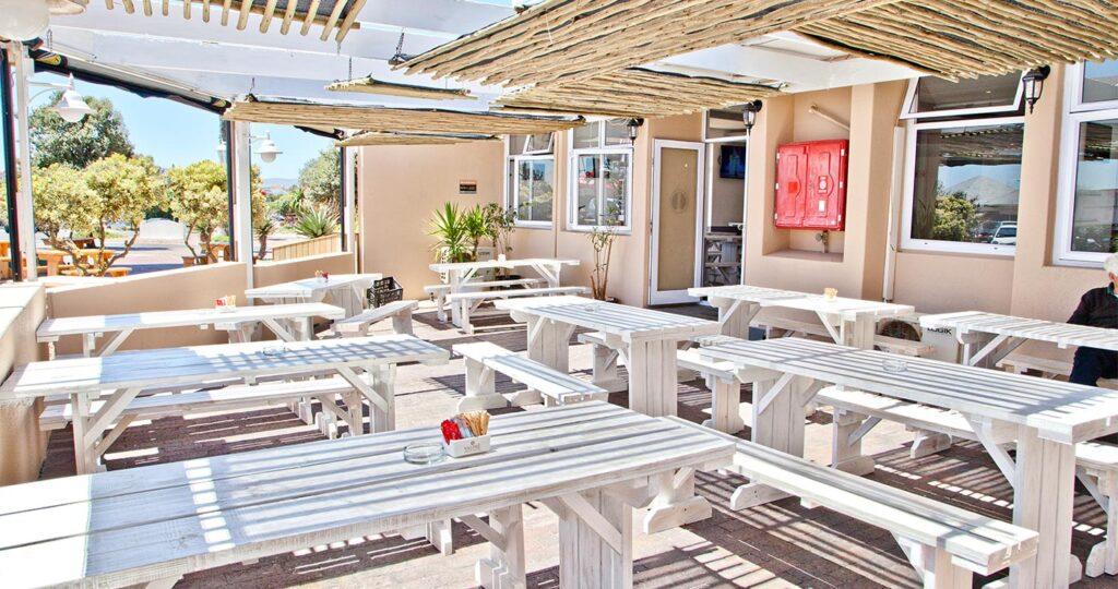 The Beach Tavern - Top 5 Beach Bars in Cape Town